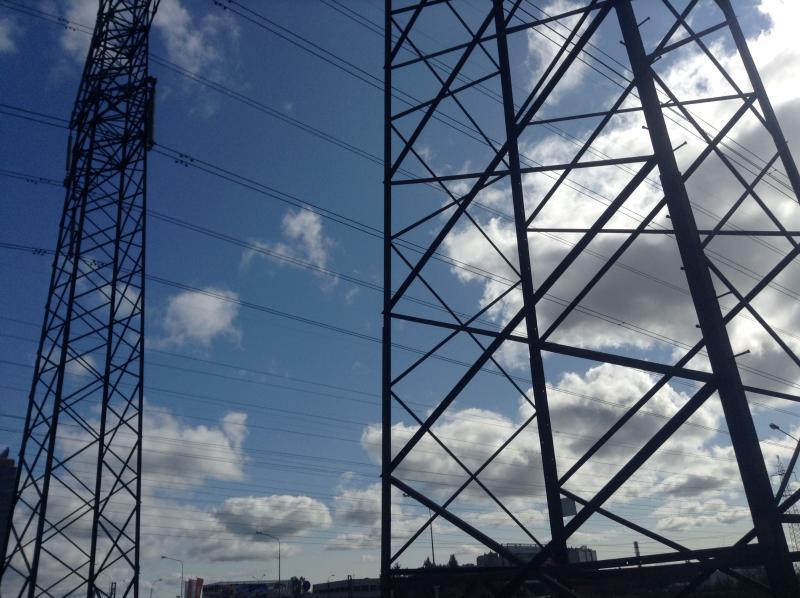 Около 1,2 тысячи километров линий электропередачи проложили в Новой Москве