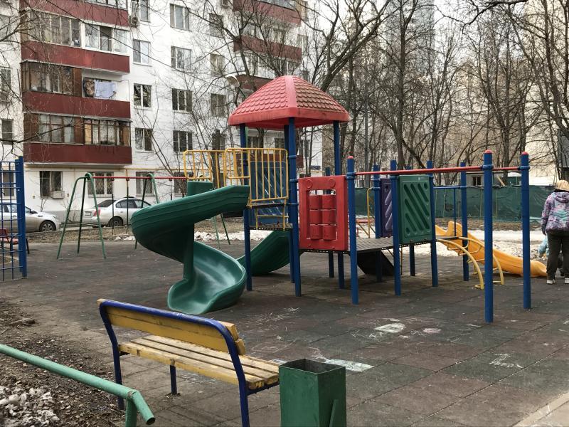 Новый аттракцион появится на детской площадке в Шельбутове
