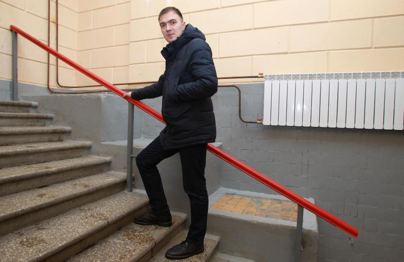Подъезд многоквартирного дома отремонтировали в Марушкине