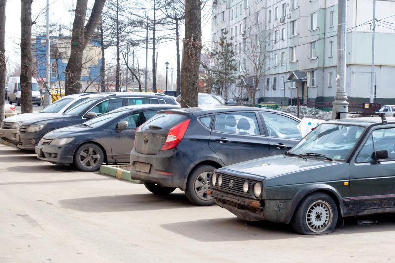 Парковочные карманы отремонтируют в Десеновском
