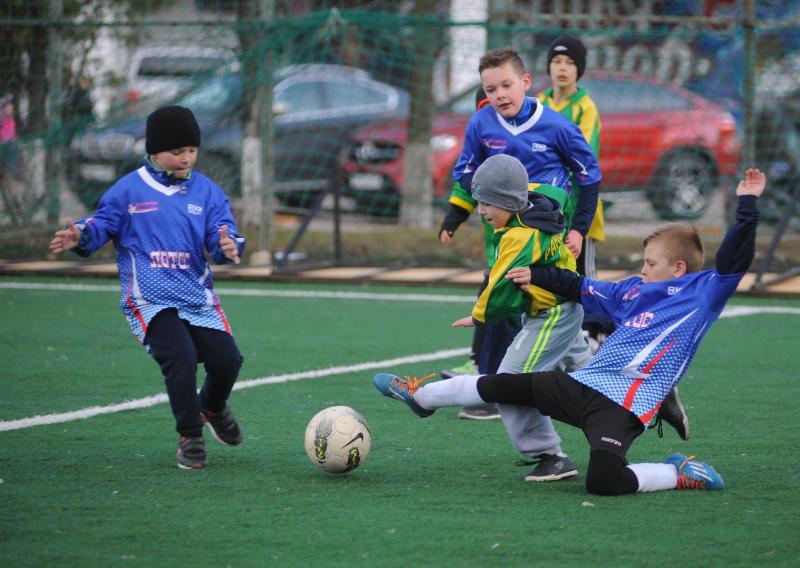 Ребята из Марушкинского выступят на турнире «Кожаный мяч»