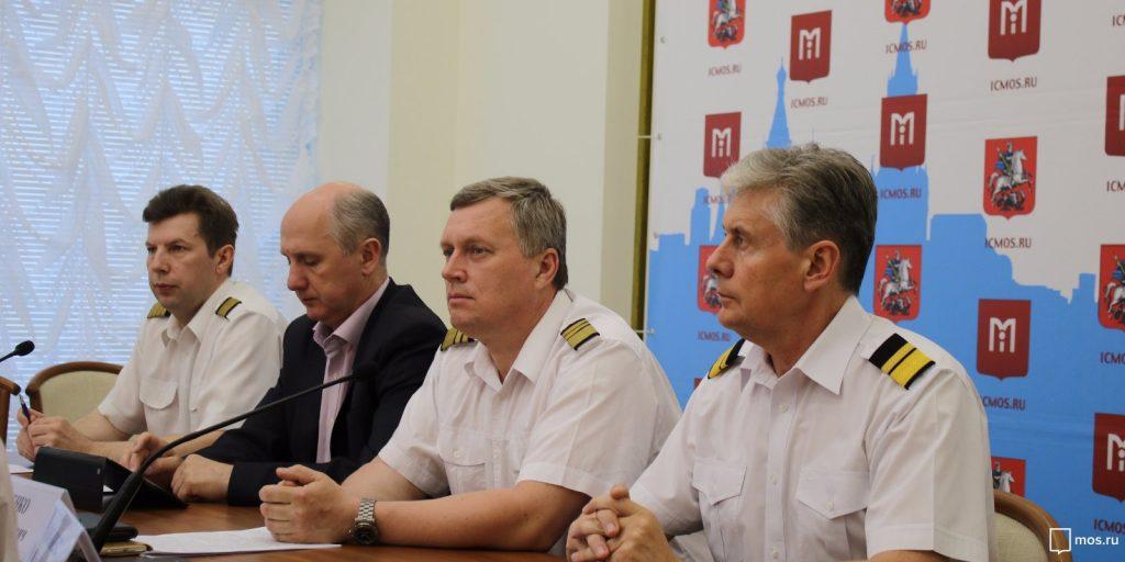 Московскому авиационному центру 15 лет