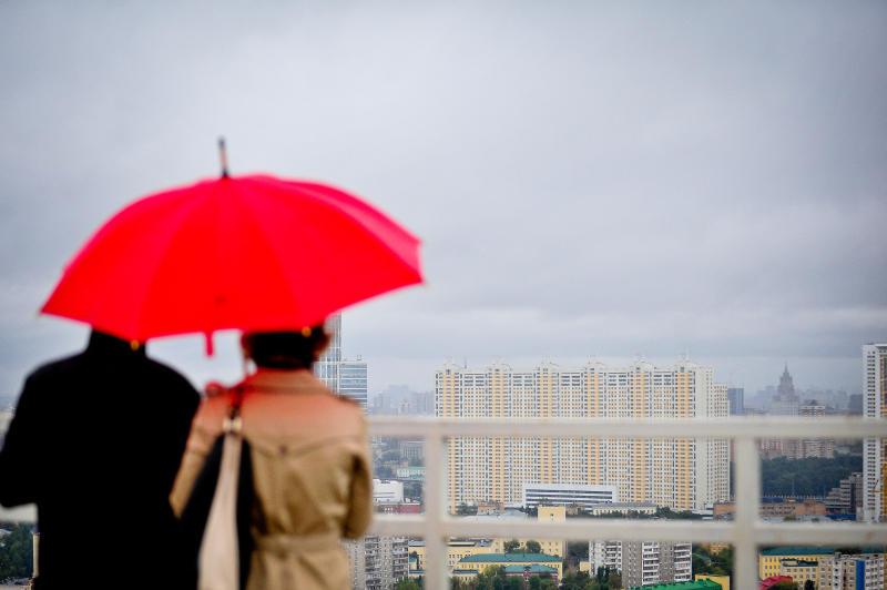 Жара и дожди ожидают москвичей во вторник