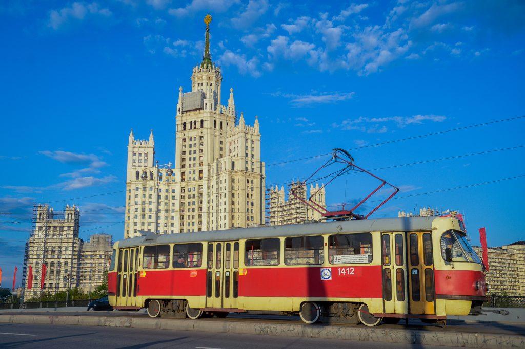 Перед выходными в Москве сохранится теплая погода