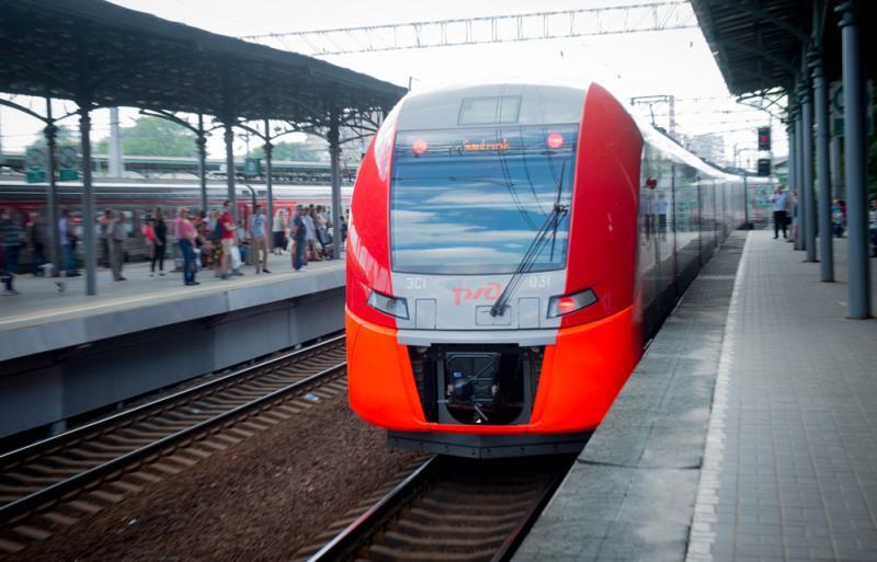 Пассажиропоток на Московском центральном кольце в День Победы вырос почти в два раза