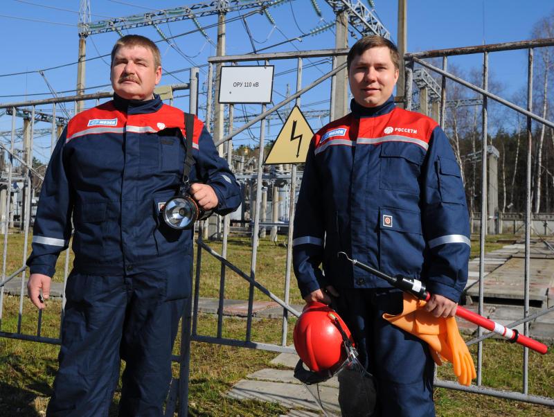 Опоры линий электропередачи обновят в Новой Москве