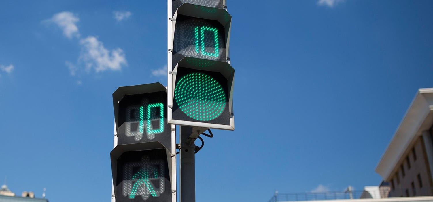Работу светофоров в Москве изменили по просьбам горожан