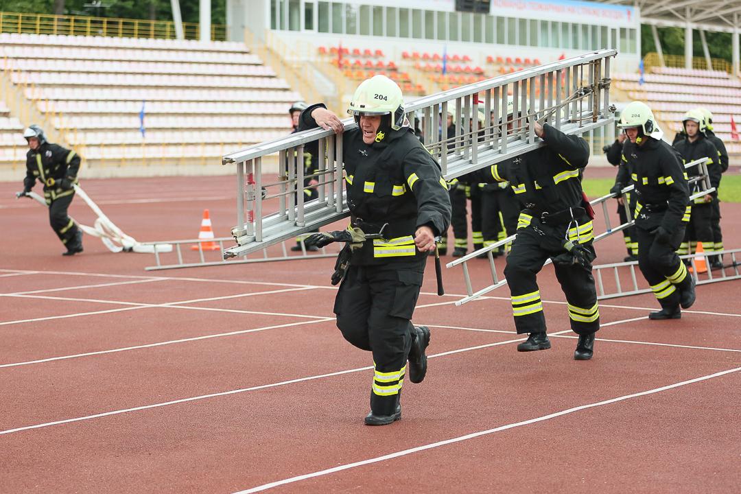 Учебный полигон для тренировки пожарных и спасателей открылся в подмосковных Апаринках
