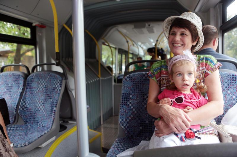 Дополнительные автобусы запустили к дачным поселкам Подмосковья