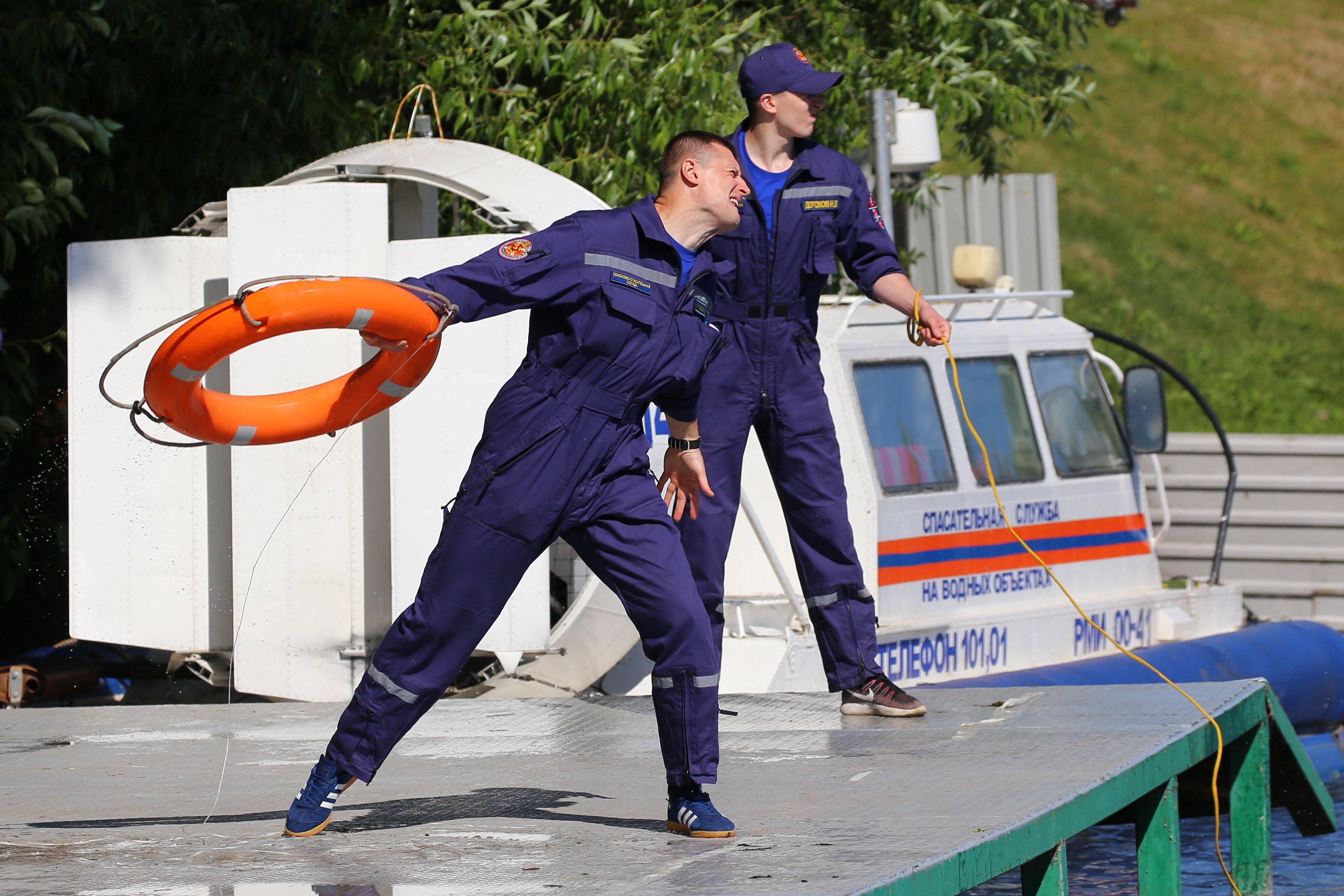 Соревнования по водно-спасательному многоборью на первенство ГКУ «МГПСС»
