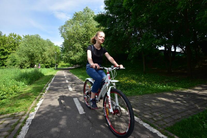 Новые велодорожки проложат в парках Москвы