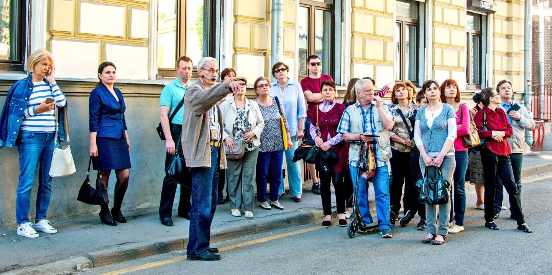 Цикл бесплатных экскурсий подготовили ко Дню России в Москве
