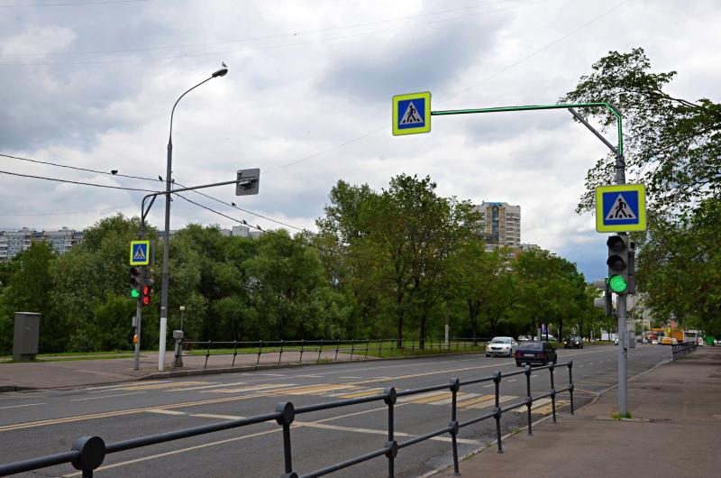 Специалисты укрепят дорожные обочины в Первомайском