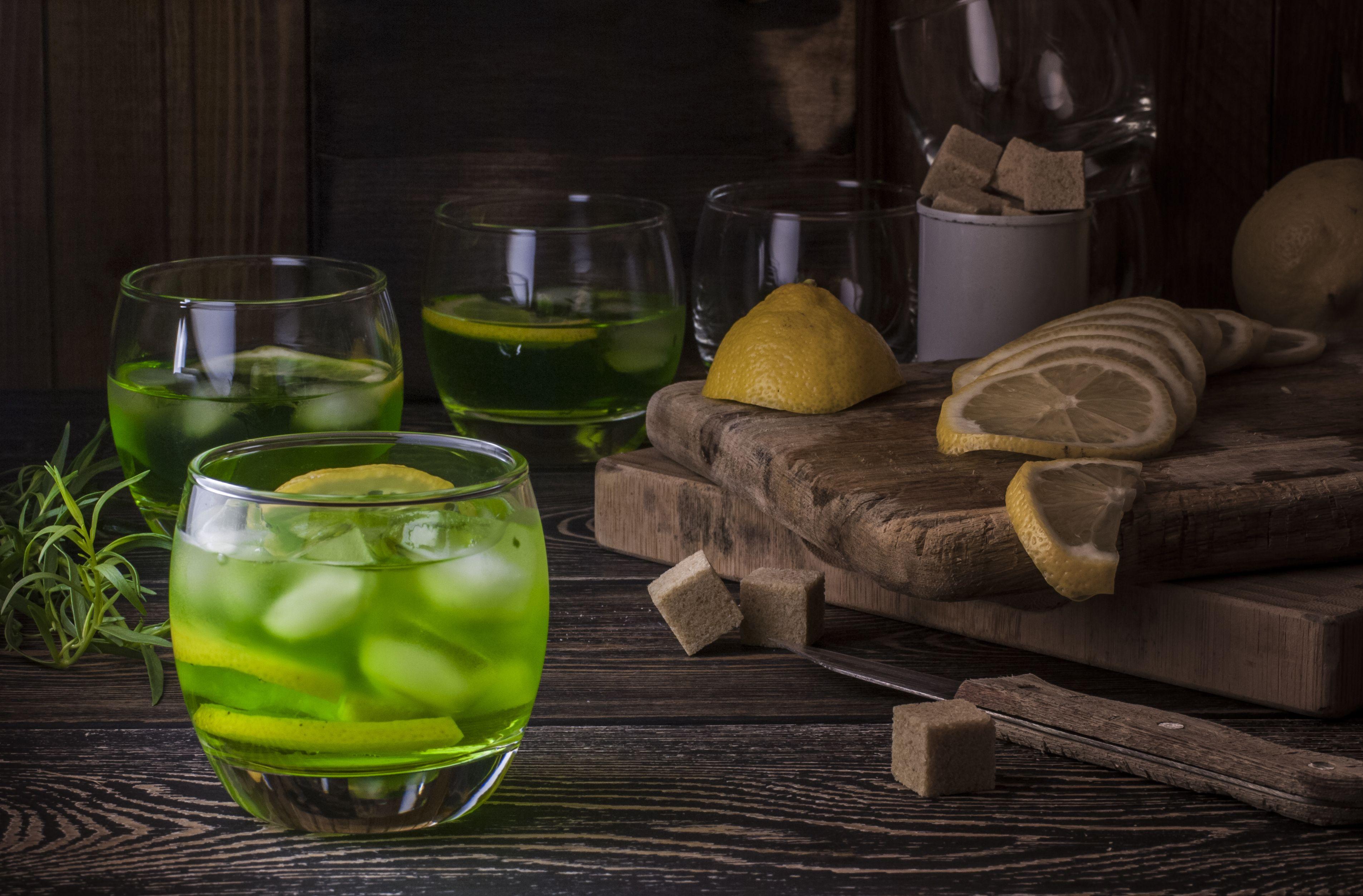 Вода и лимон: зной не страшен