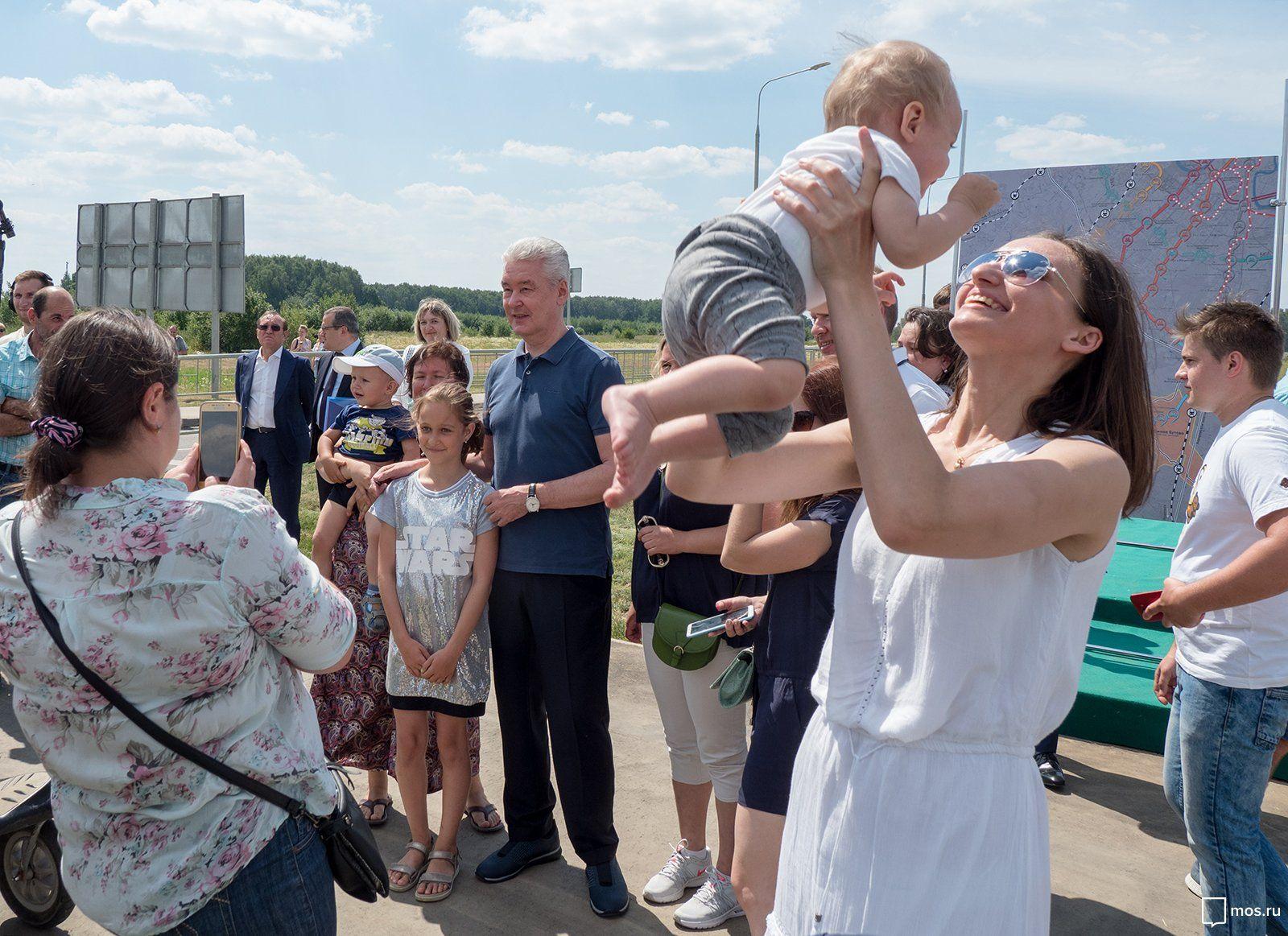 Молодые семьи рады переезду в Новую Москву. Фото: Пресс-служба Правительства Москвы/ Денис Гришкин