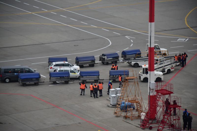 Молния попала в самолет при посадке во «Внуково»