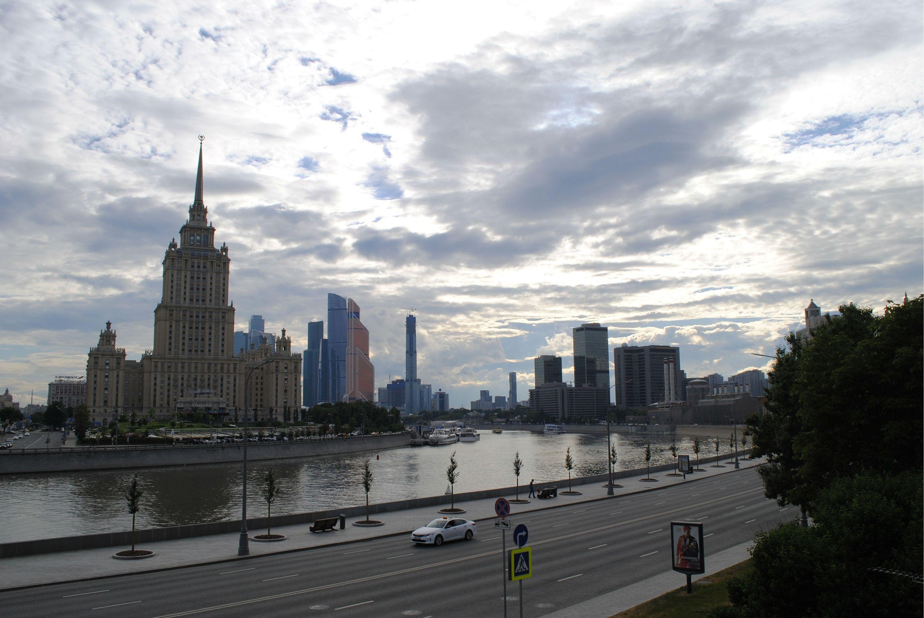 На неделе в Москве ожидается неустойчивая погода. Фото: Василя Махиянова, «Вечерняя Москва»