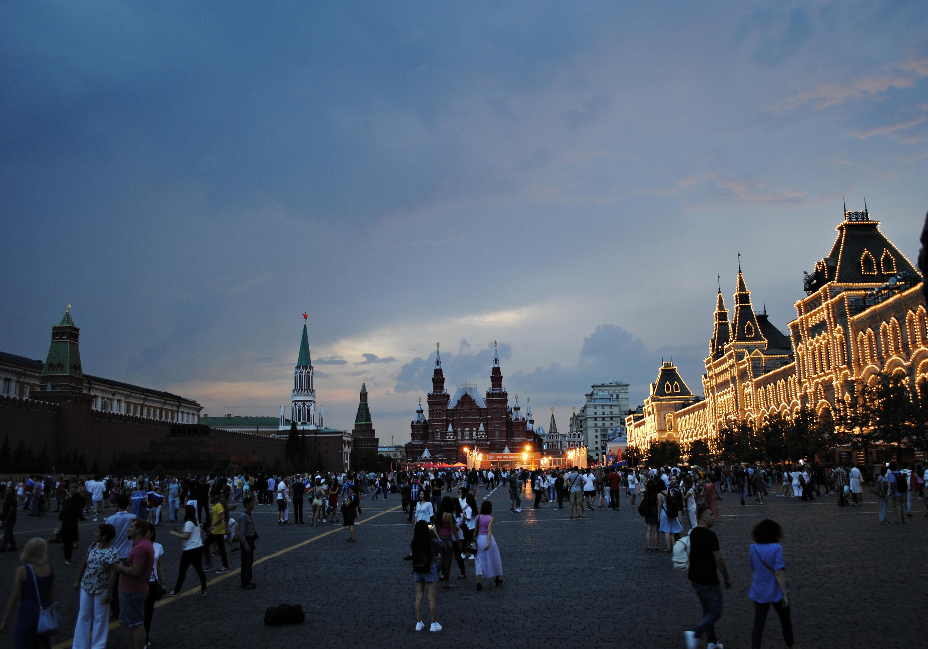 Грозы и порывистый ветер прогнозируются в Москве