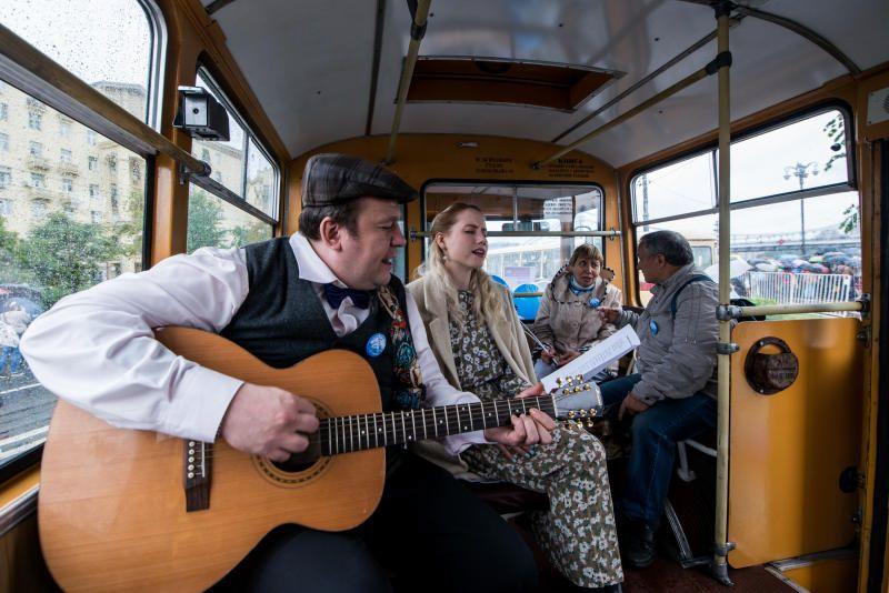 Парки приглашают отметить День московского транспорта