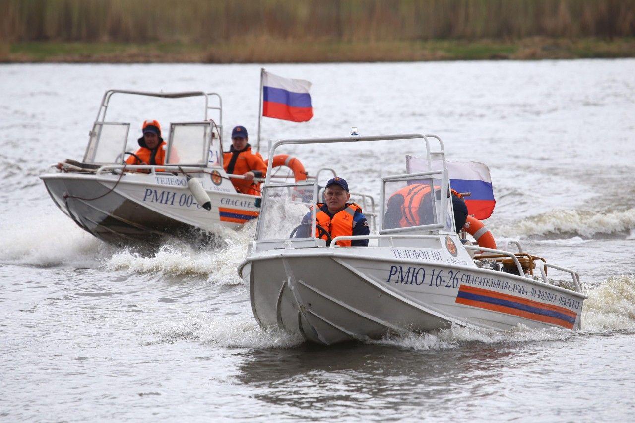 Спасатели помогли тонущему мужчине в Новой Москве