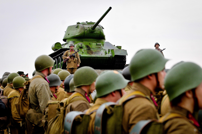 Здесь воспроизведут момент освобождения Давид-Городка от немецкой оккупации. Фото: Александр Казаков