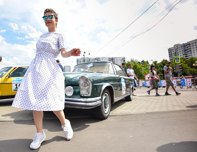 Движение в центре Москвы ограничат на три дня из-за ралли советских автомобилей