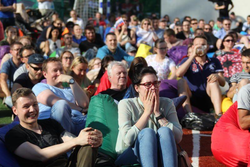 Фан-зона у стадиона «Спартак» вмещала 50 тысяч человек. Фото: Владимир Смоляков