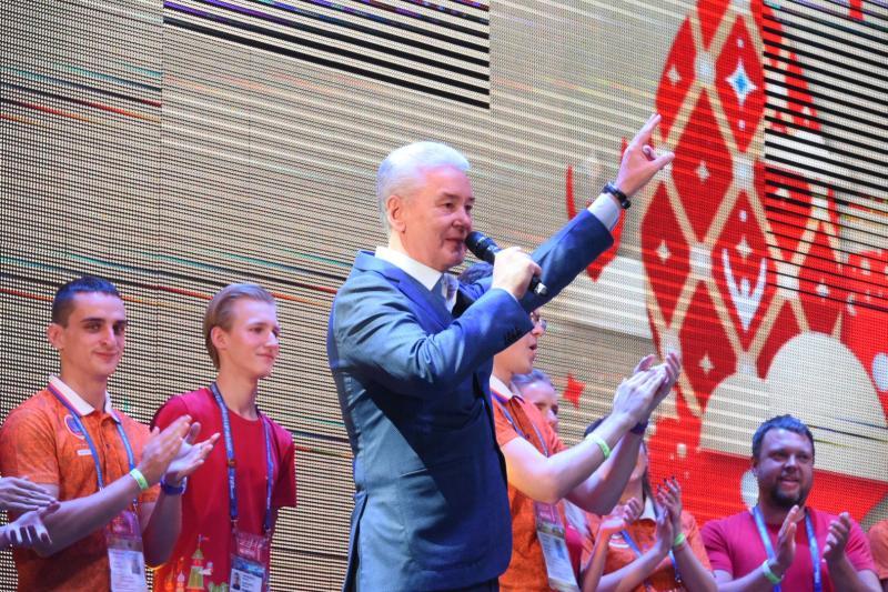 Волонтеры ФИФА включатся в работу штаба Собянина