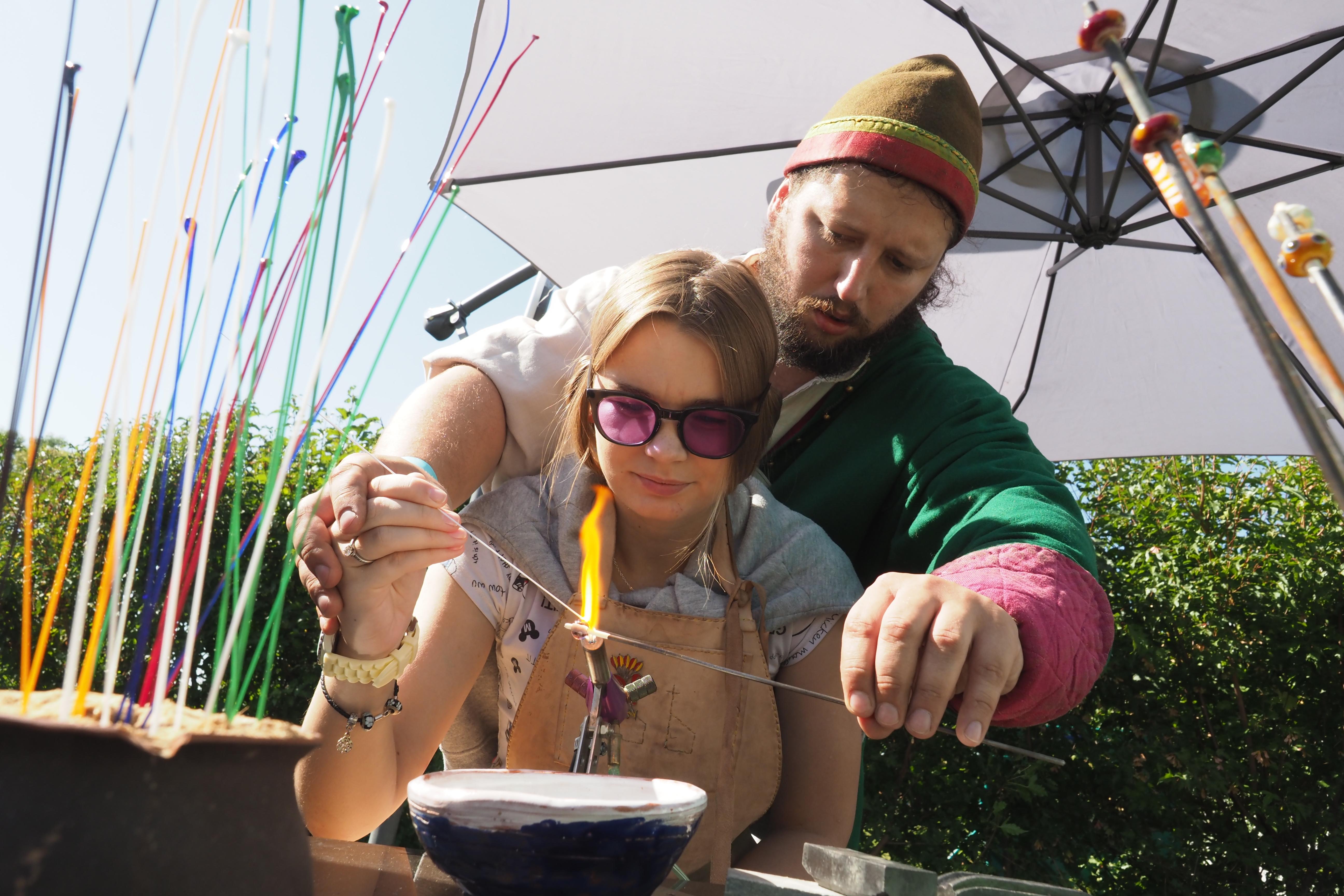 Проводили лето семейным фестивалем
