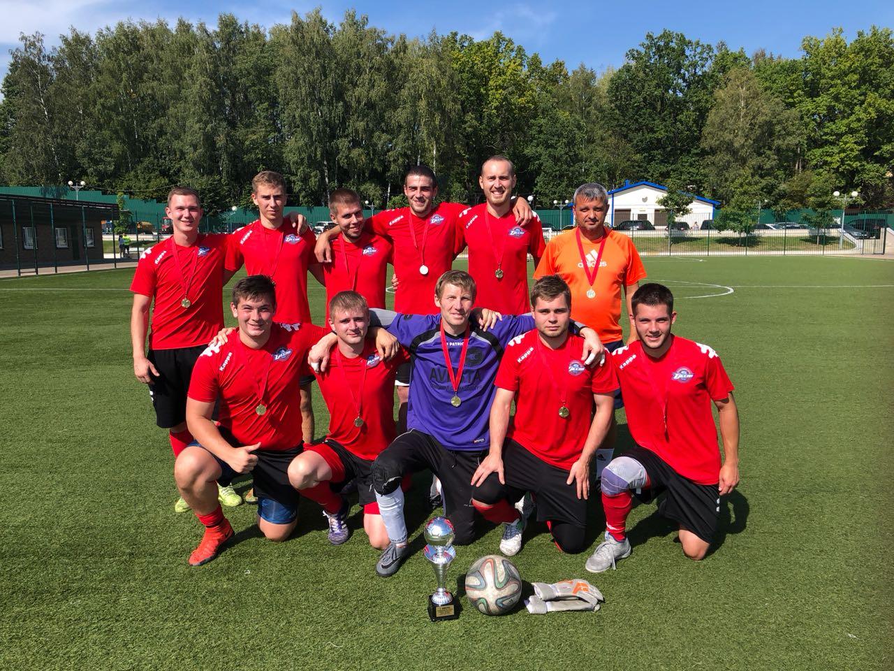 Футболисты из команды «Десна» из Рязановского стали победителями в Окружных отборочных соревнованиях
