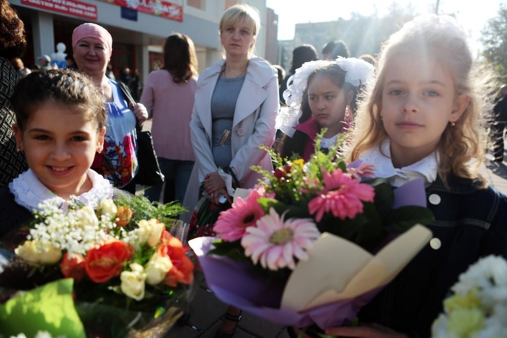 Сотрудники Централизованной библиотечной системы «Новомосковская» подарят первоклассникам читательские билеты
