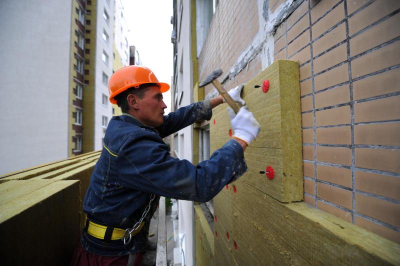 Фасад жилого дома отремонтировали в Десеновском