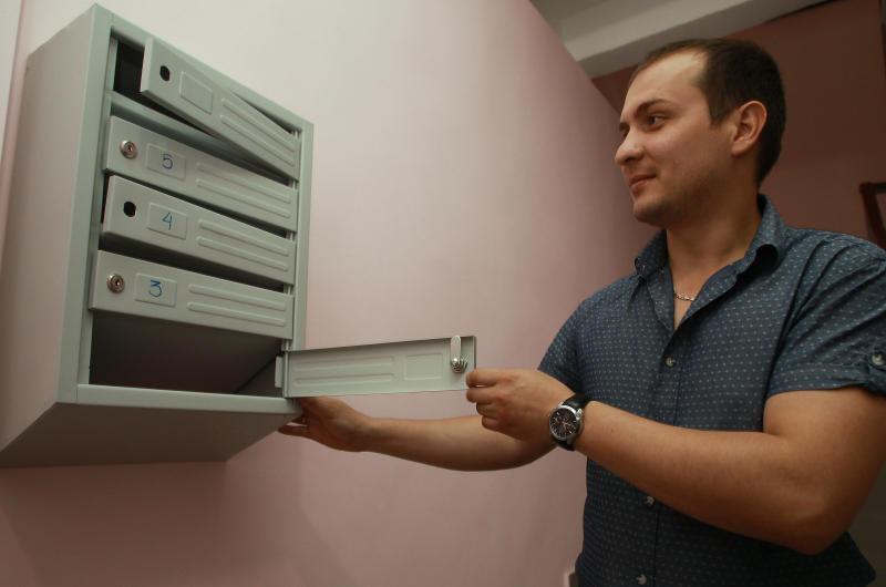Ремонт подъездов жилых домов проведут в Десеновском