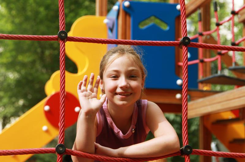 Реконструкцию детской площадки проведут в Краснопахорском