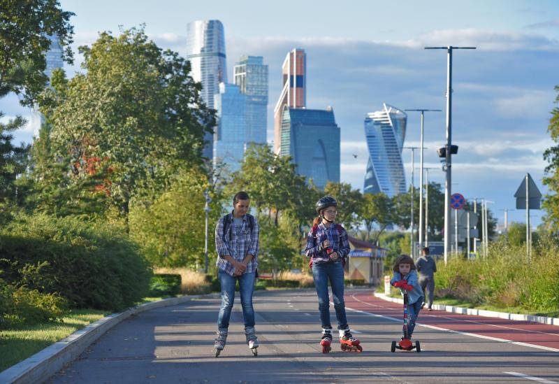 Тепло и дожди ждут москвичей в среду