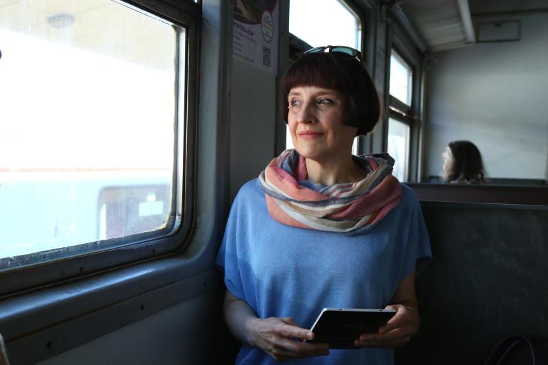Пассажиры электричек смогут купить билет через телефон