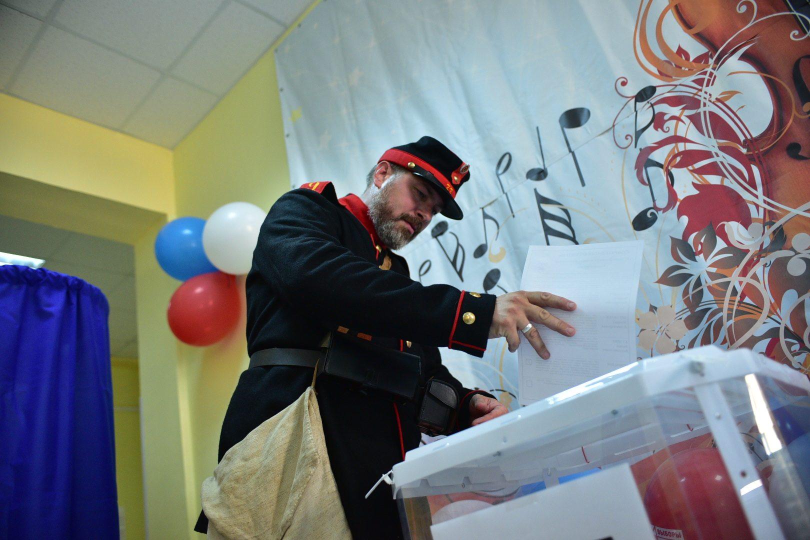 Венедиктов: На «дачных» избирательных участках фиксируются очереди. Фото: архив