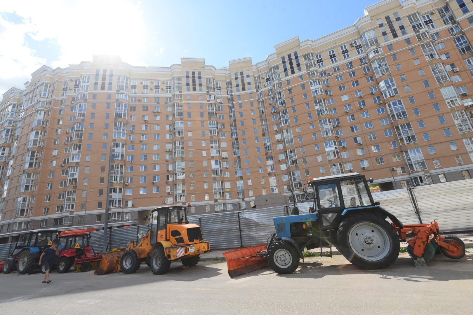 Специалисты проверили жилой комплекс в Рязановском