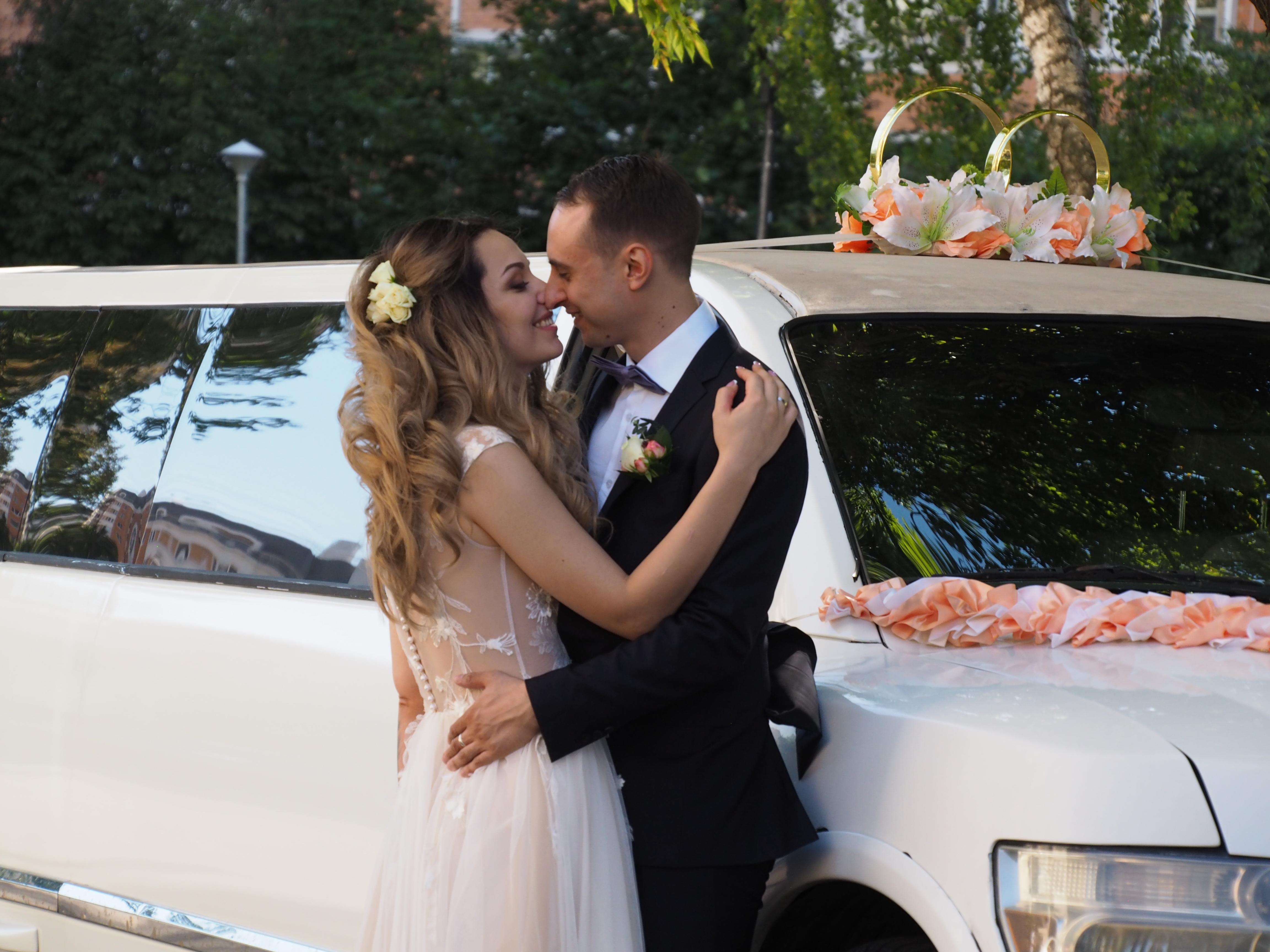 Свадебный бум: в День города поженятся почти две тысячи московских пар