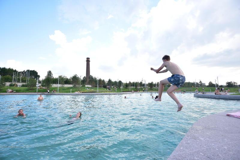 Москвичам продлили купальный сезон