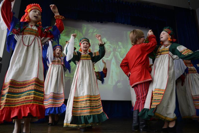 Концерт к началу учебного года провели в Киевском