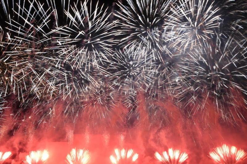 Более трех тысяч человек побывали в день открытия на фестивале «Круг света» на Поклонной горе