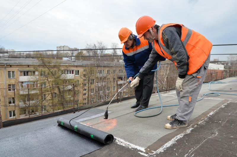 Капитальный ремонт кровли жилого дома провели в Газопроводе