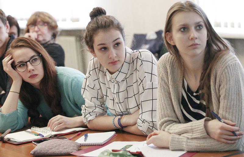 Открытые уроки на тему безопасности состоялись в Марушкинском