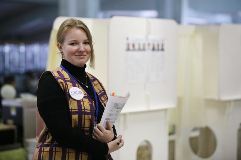 Мосгоризбирком: Более 10 тыс наблюдателей работают на выборах мэра Москвы