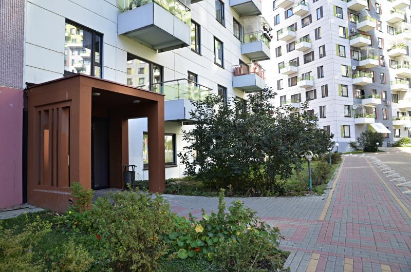 Ремонт подъезда жилого дома провели в Десеновском