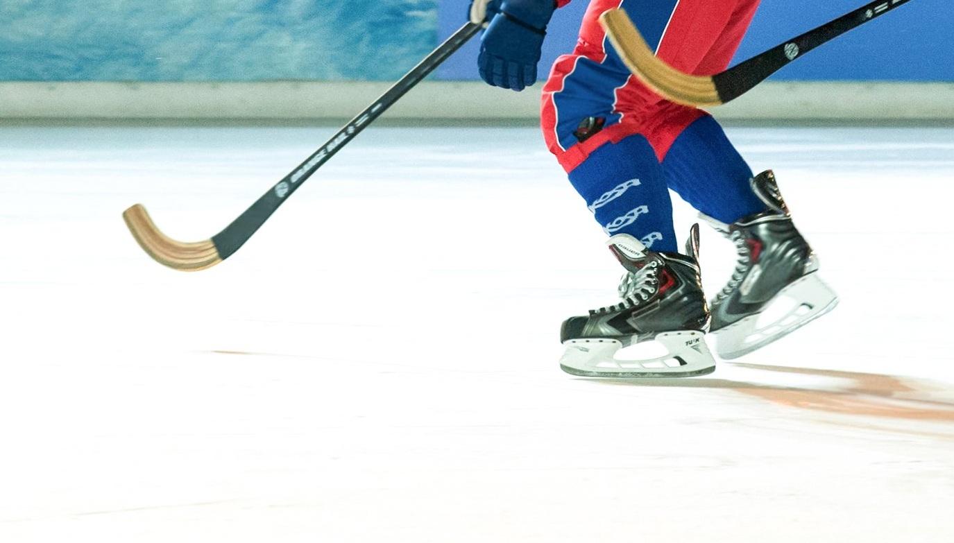 Хоккейное поле реконструировали в парке имени Святослава Федорова
