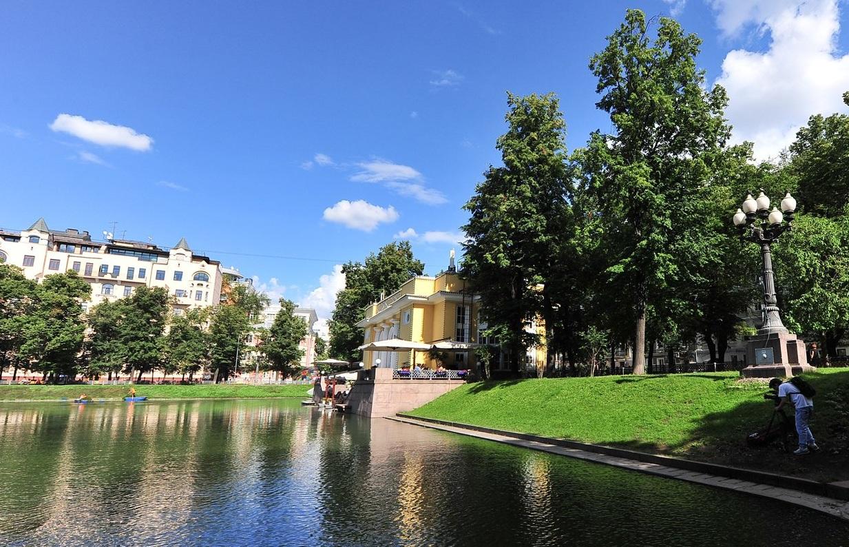 Москвичей пригласили на бесплатные экскурсии в День города