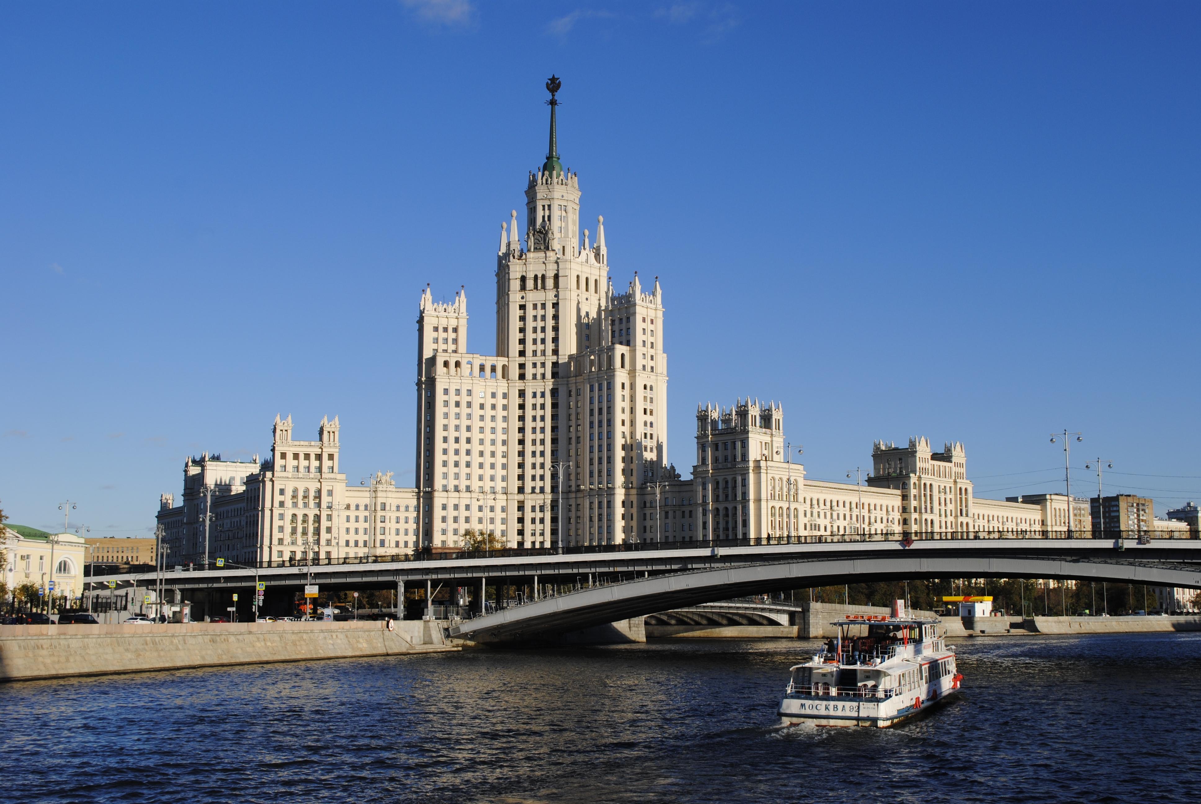 Москвичам пообещали теплую среду