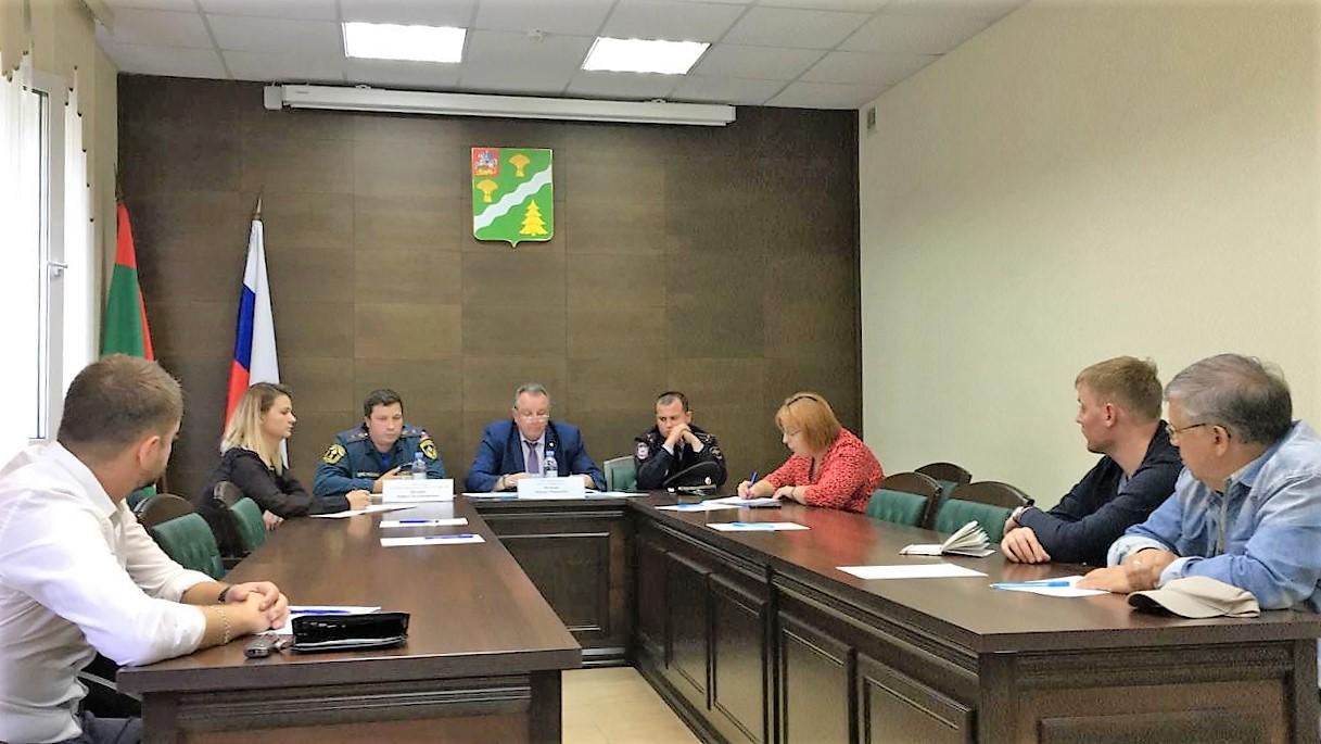 На заседаниях КЧСиПБ поселений Троицкого АО рассмотрены вопросы реализации мер по обеспечению пожарной безопасности социально незащищенных групп населения
